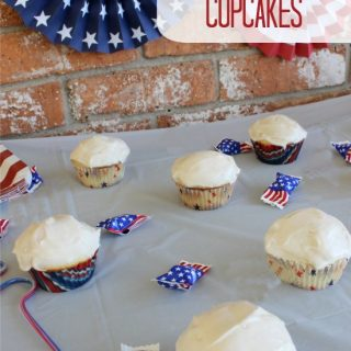 4th of July Moscato Cupcakes #MeEncanta