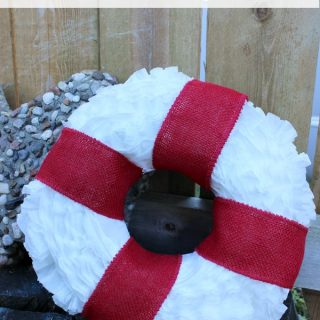 Adorable Burlap Coffee Filter Wreath | Moms Confession