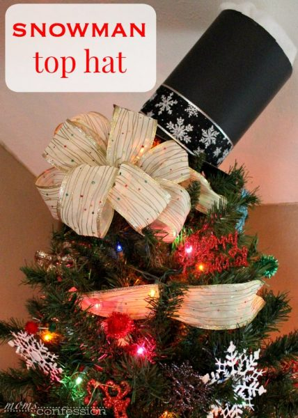 Such a cute snowman tree skirt and top hat for Christmas | Moms Confession