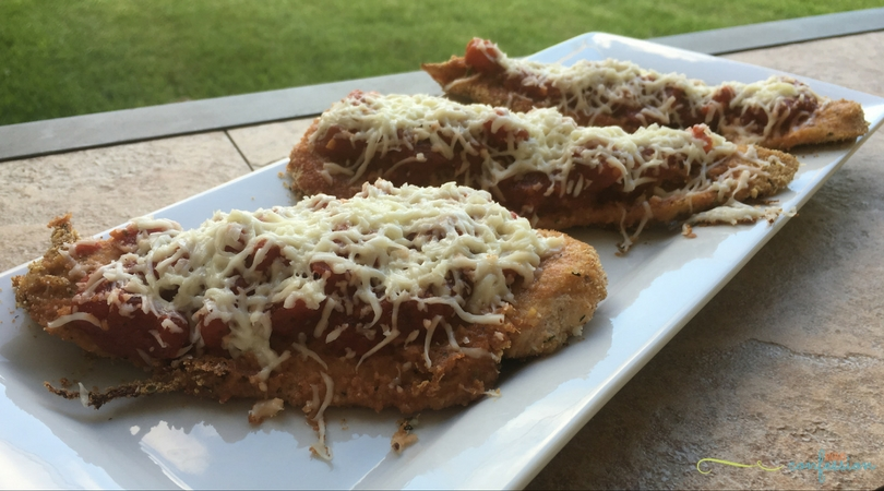 With just 6 ingredients, you can enjoy this Easy 6 Ingredient Chicken Parmesan recipe. This easy recipe is sure to be a family favorite!