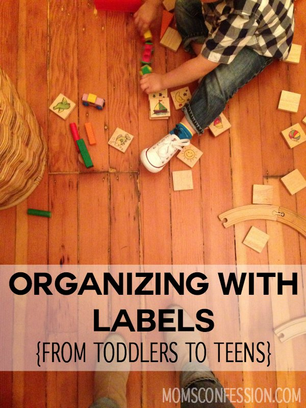 The best tips for organizing toys and keeping clutter under control in your child's room, plus get a free toy organization labels printable too!