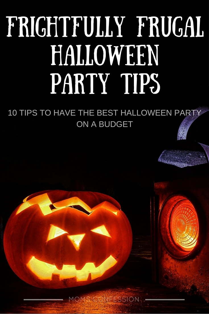 Are you looking to host a hauntingly good Halloween party on a budget this year? If you want some tips to get you started, take a look at these 10 frightfully frugal Halloween party tips!