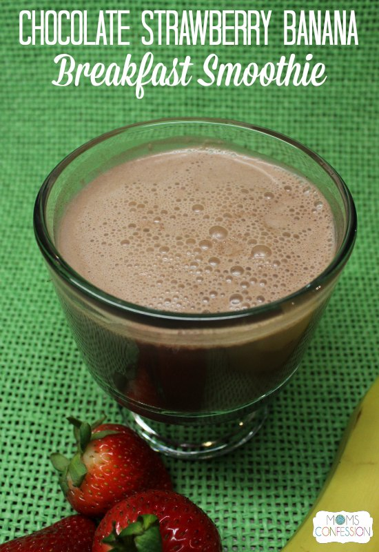 Chocolate Strawberry Banana Breakfast Smoothie #BreakfastEssentials